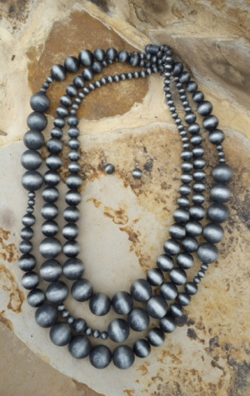 Silver Navajo Pearl Bead Necklace Set