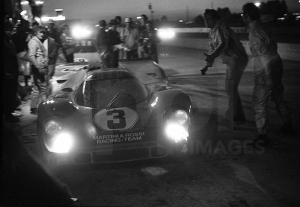 "All night long <br><span style=""font-size: 14px""> 12 heures de Sebring 1971 </span>"