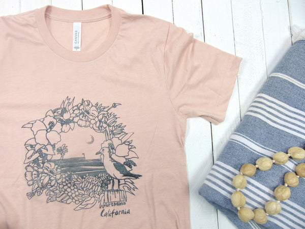 "Soft Unisex Tee ""California Pier"" [T-shirt Color :  Heather Peach / Natural]"