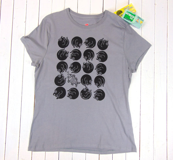 "☆""Dreaming Kuro-chan"" Crazy Cat lover T-shirt☆ Women's 100 % Cotton Short SleeveT-shirt [ Graphite]"