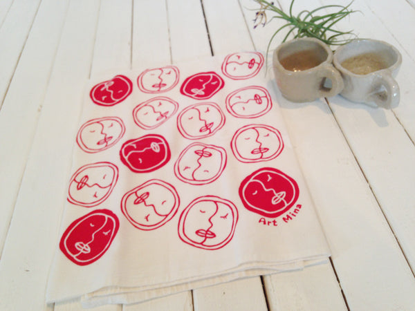 "Flour Sack Kitchen Tea Towel  ""Honi (Kiss)"""