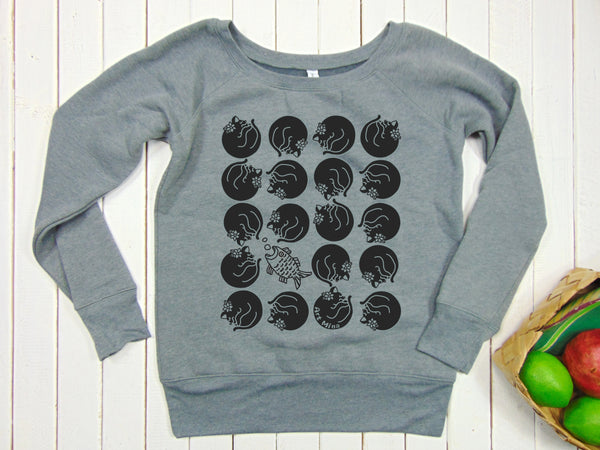 "Women's Fleece Sweatshirt ""Black Cats"""