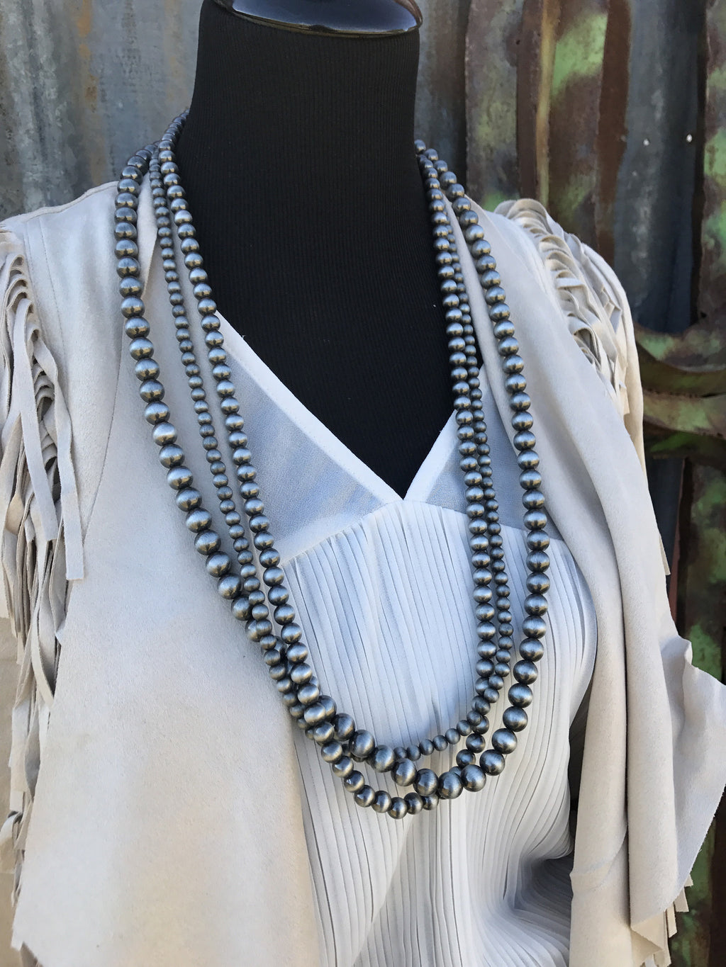 "32"" 3-Strand Western Pearl Necklace"