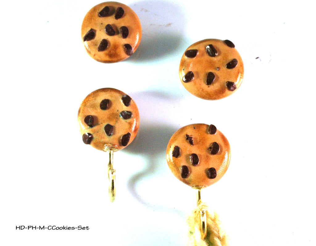 chocolate chip cookie magnet