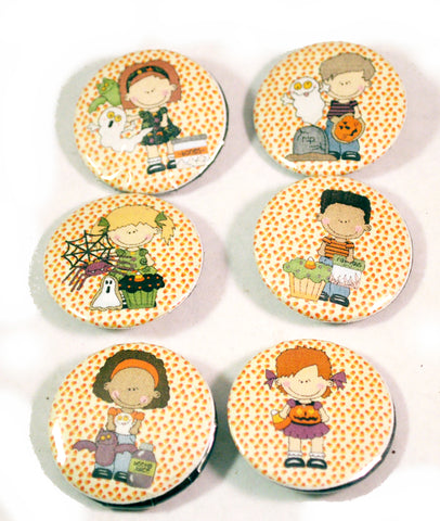 6 Halloween Kids Round Pin Buttons for Teachers Trick or Treat Gifts