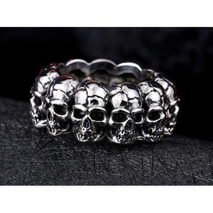361 Degree Skulls Ring