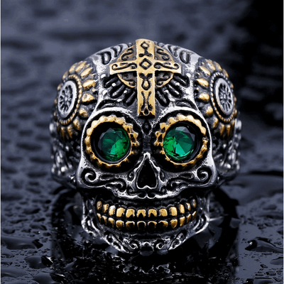 Gothic Carved-Mens Skull Biker Ring-8-Green Eyes-Rear Tone