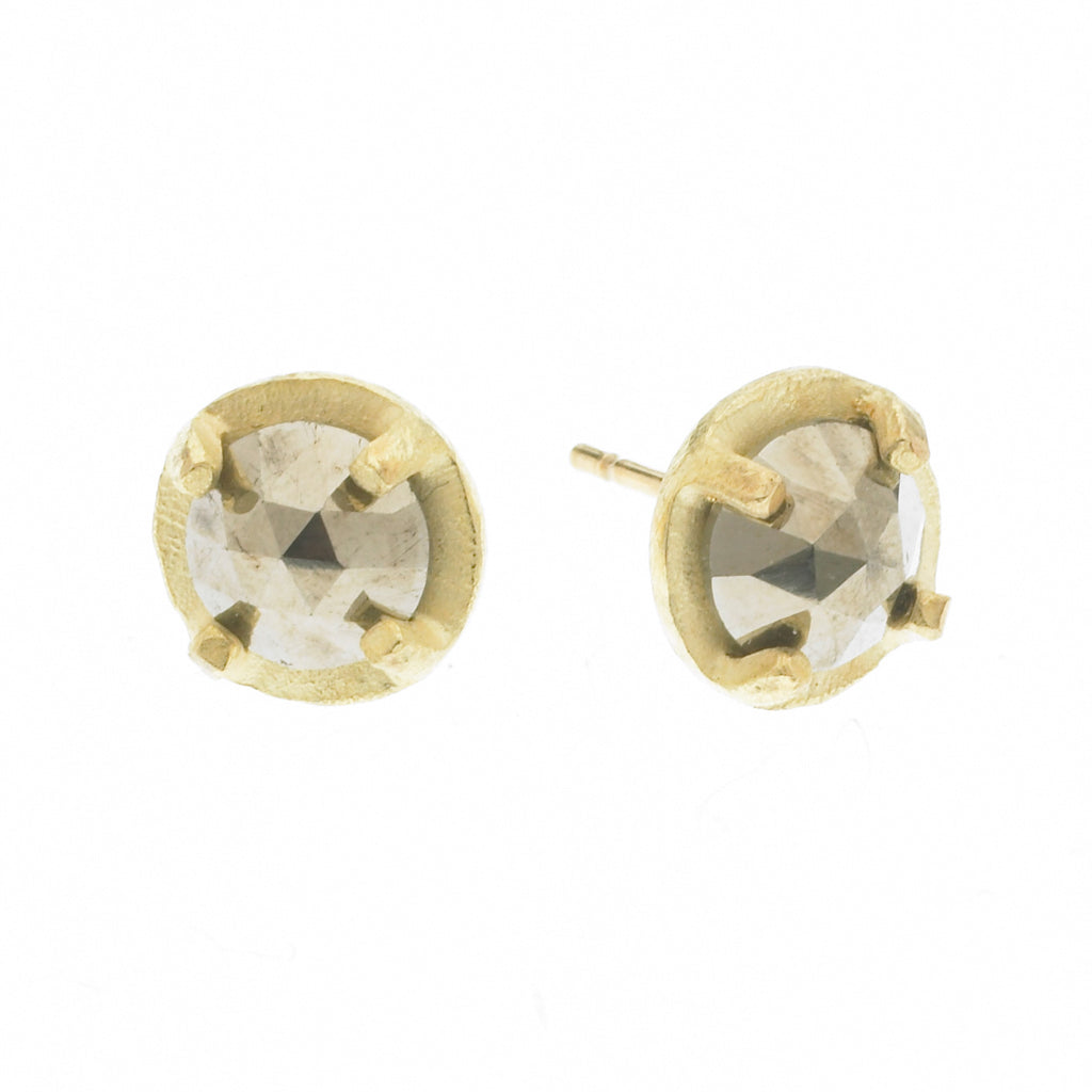 carved 6mm prong set earrings