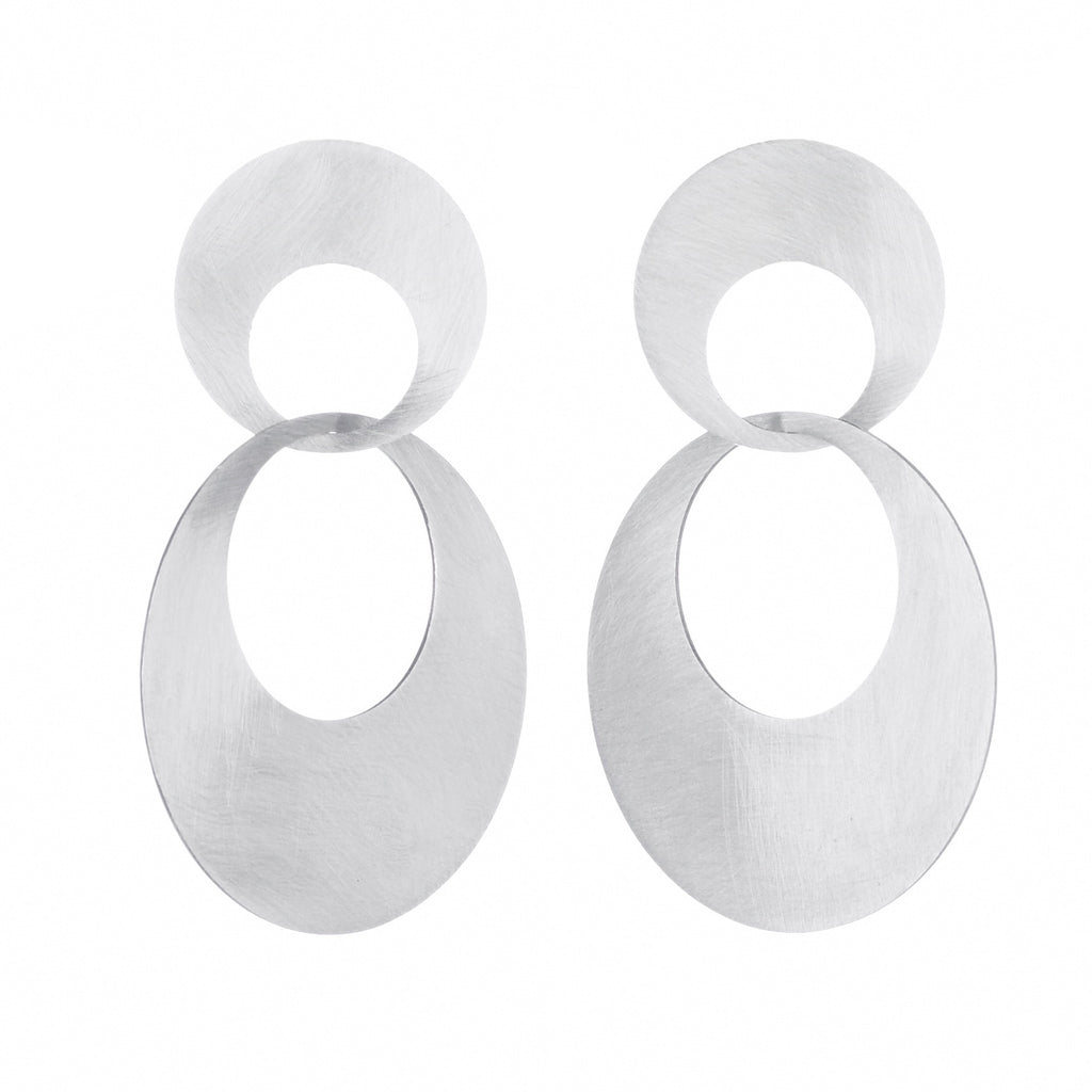 interlocking large circle earrings