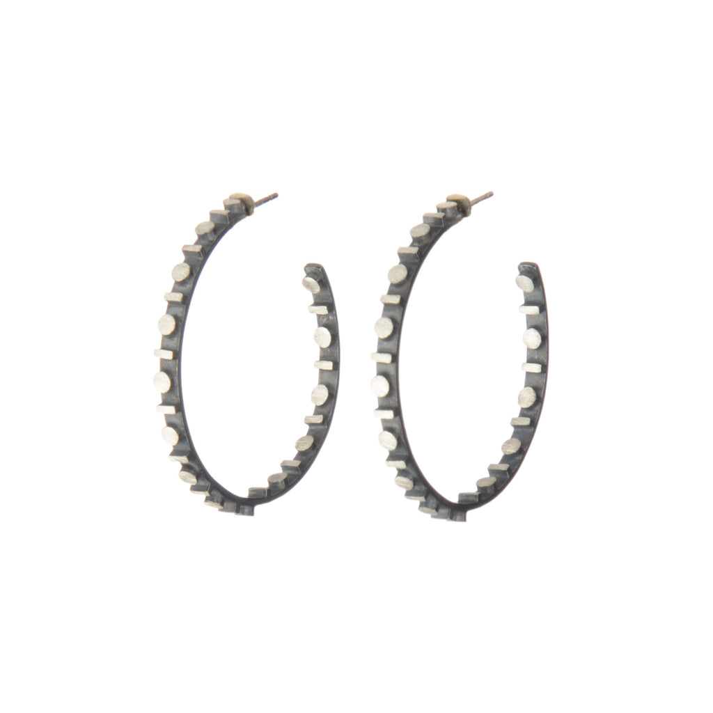 line/dot eclipse hoop earrings