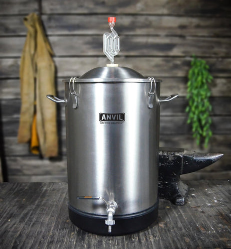 7.5 gallon Stainless Bucket Fermenter (Anvil)-Bucket