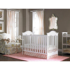 Fisher-Price Charlotte Crib Snow White-Furniture-Babysupermarket
