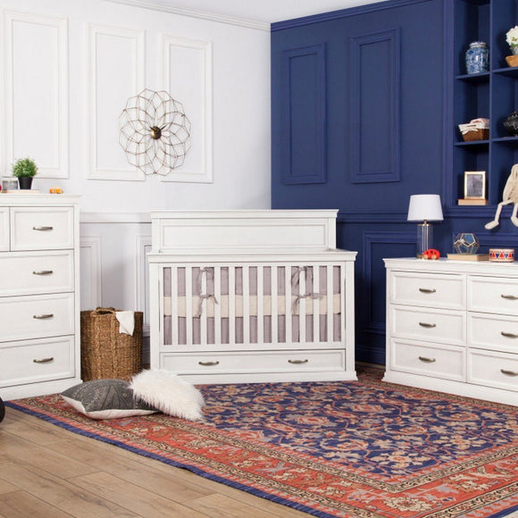 DaVinci Furniture Million Dollar Baby Langford 4-in-1 Convertible Crib Warm White