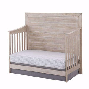 Westwood Furniture Stella Baby by Westwood Remi 4 in 1 Convertible Flat Top Crib