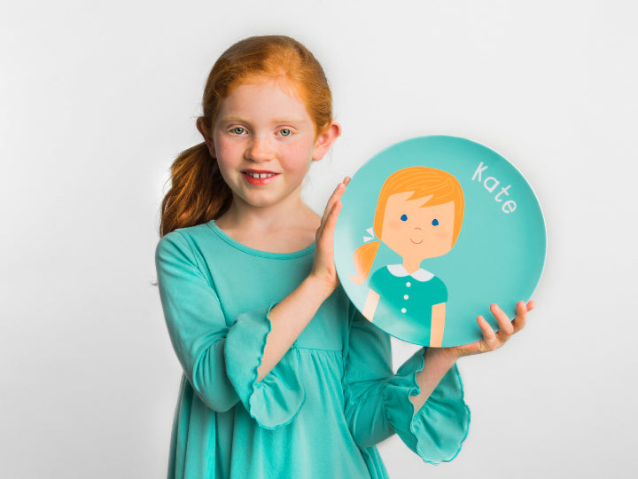 smiling girl mealtime set