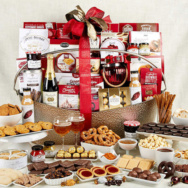 1265396-gourmet-celebration-thankfully-yours-holiday-gift-basket