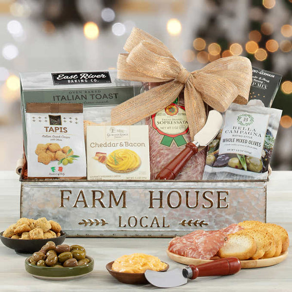 1359771-farm-house-local-thankfully-yours-holiday-gift-basket