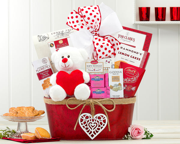 579-happy-valentines-day-gift-basket-thankfullyyours