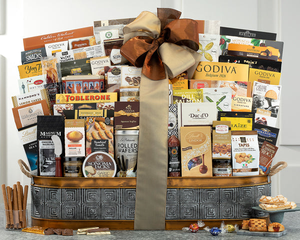 588-grand-extravaganza-thankfully-yours-holiday-gift-basket