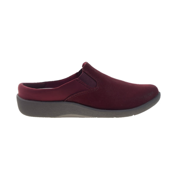 Clarks Sillian Wild Clog (Wide) Women's Shoes Maroon