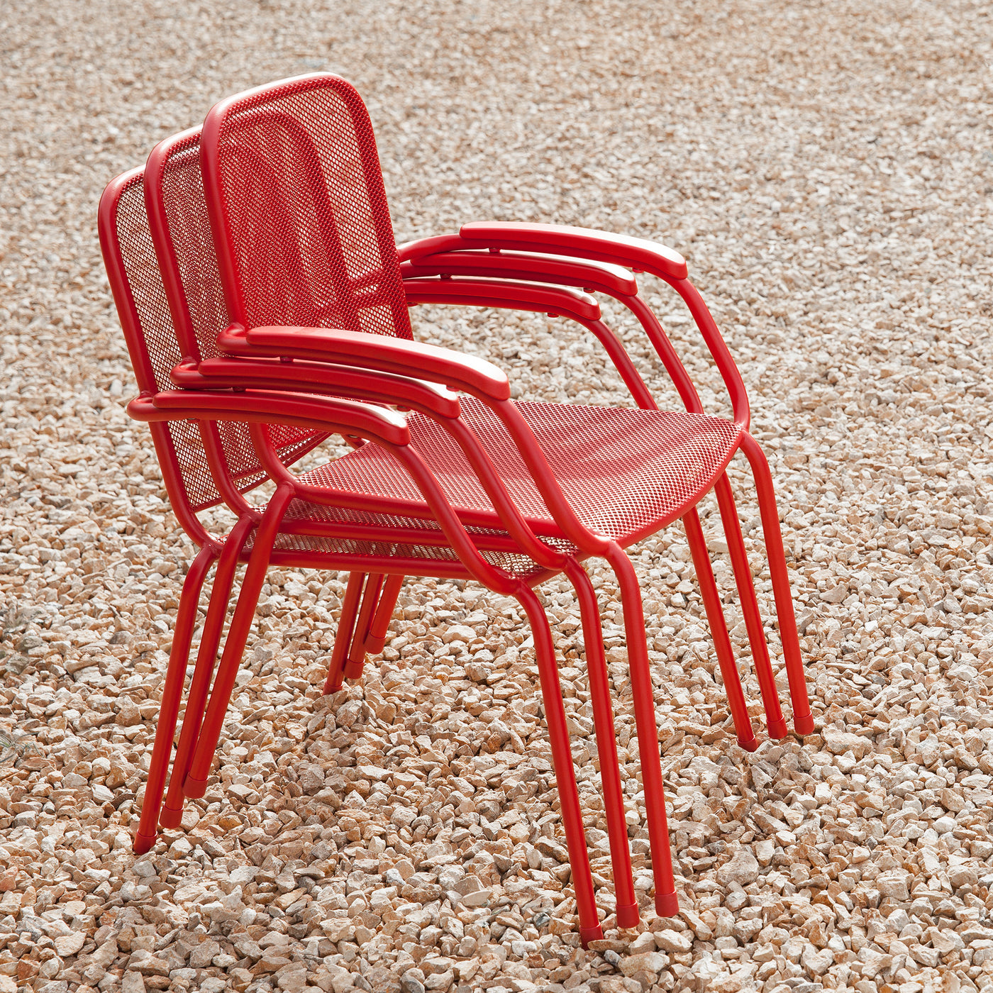Milo Metal Mesh Stacking Arm Chair (Red, 4 Pack)