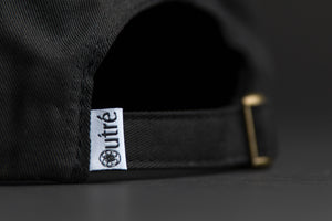 Outre vampire skull black - unstructured 6 panel closure woven label