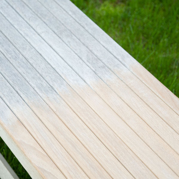 Check out this side-by-side comparison of the bench before and after cleaning.