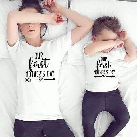 1pcs Our First Mother's Day Mommy and Me Family Matching Clothes Mom's T Shirt Newboorn Baby Boys Girls  Romper Outfit