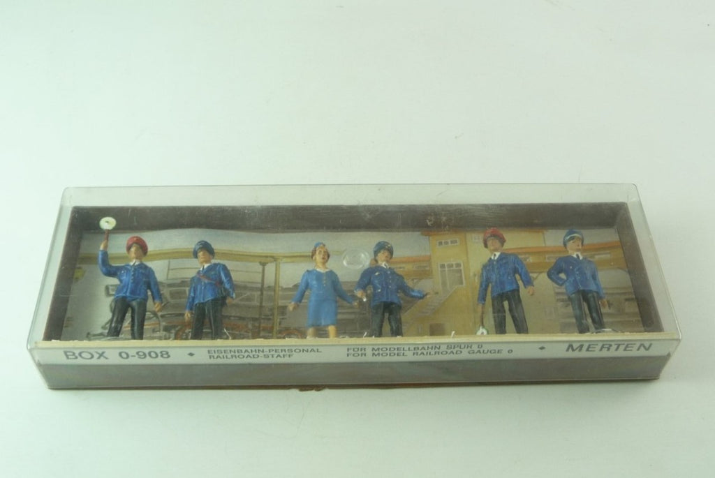 Merten 0-908 O Railroad Staff Figure Pack