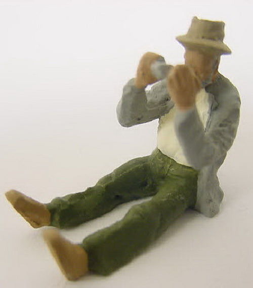 Arttista 1330 Man Playing Harmonica Pewter Figure