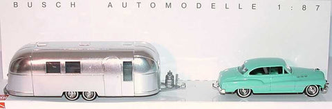 Busch 44718 1:87 HO Buick w/Airstream Trailer