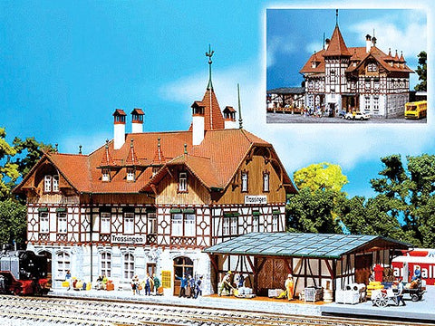 Faller 110114 HO Trossingen Station - Kit (Painted & Weathered)