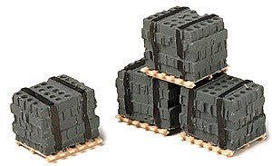 Model Railstuff 550 Pallet of Cinder Blocks (Pack of 4)
