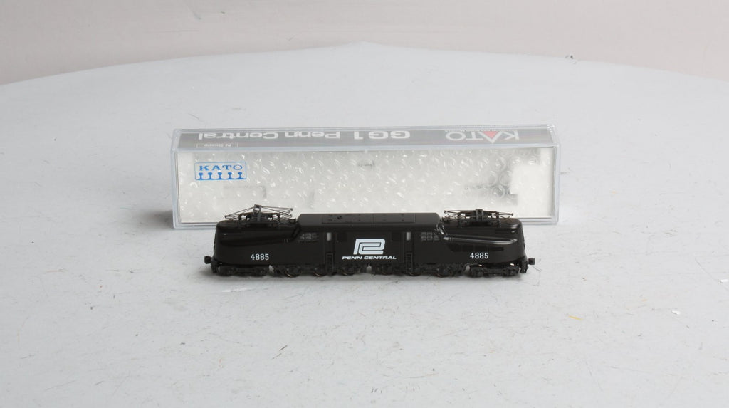 Kato 137-2023 N Scale Penn Central GG1 Electric Locomotive #4885