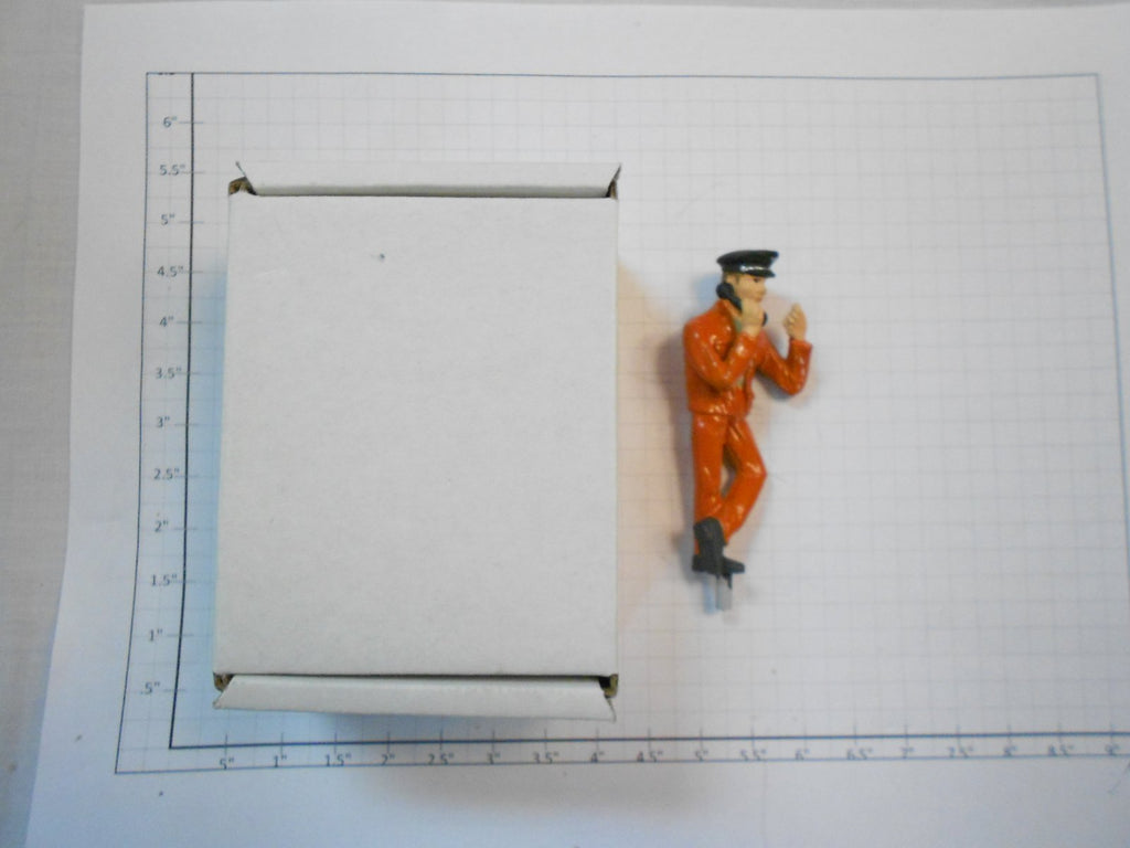 Taura Figures 13.31 White Metal Phone Shunter Figure