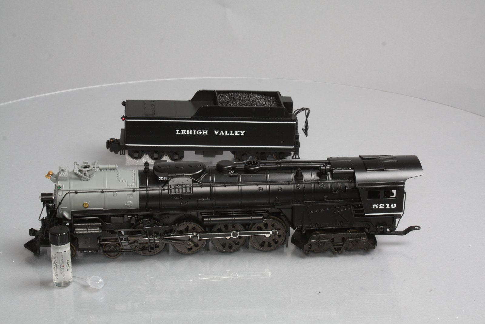 American Models 48403 S Scale 4-8-4 Northern Steam