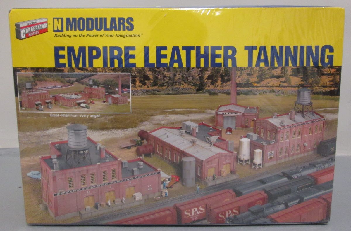 Walthers 933-3299 N Scale Empire Leather Tanning Building Kit – Trainz
