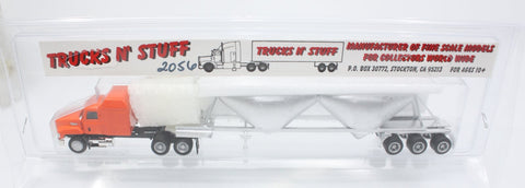 Trucks N' Stuff 2056 HO Mack with Sleeper and Trailer with Hoppers