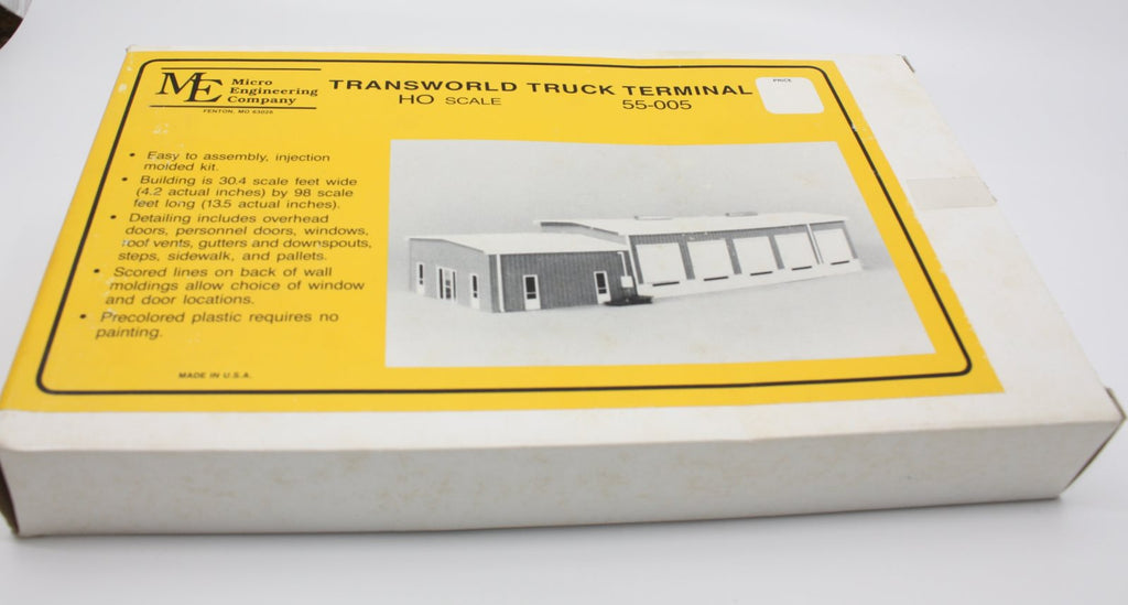 Micro Engineering 55-005 HO Trans World Truck Terminal