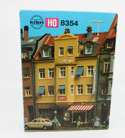 Kibri B-8354 Multi-Family Home w/Balconies Building Kit