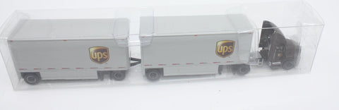 Trucks N' Stuff SPT3138 HO Mack Pinnacle Day Cab with 28' DD Double Trailers UPS