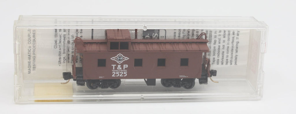 MicroTrains 100010 '36 Riveted Steel Side Caboose Texas & Pacific