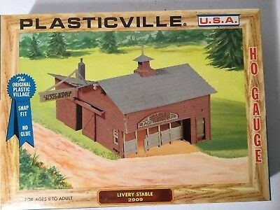 Plasticville 2909 HO Livery Stable Building Kit