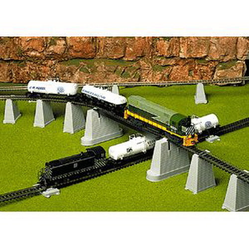 Atlas 80 HO Scale 47-Piece Pier/Trestle Set