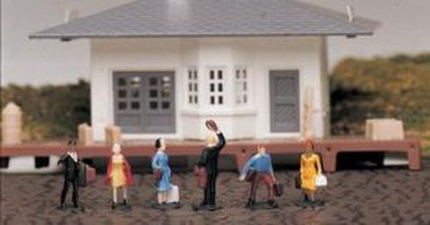 Bachmann 42330 HO Passenger Waiting Figures  (Pack of 6)