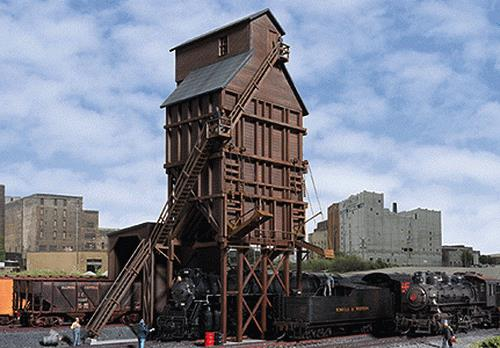 Walthers 933-2922 HO Wood Coaling Tower Kit