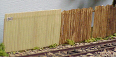 AM Models 503 HO 8 Foot Board Fence pkg (4)