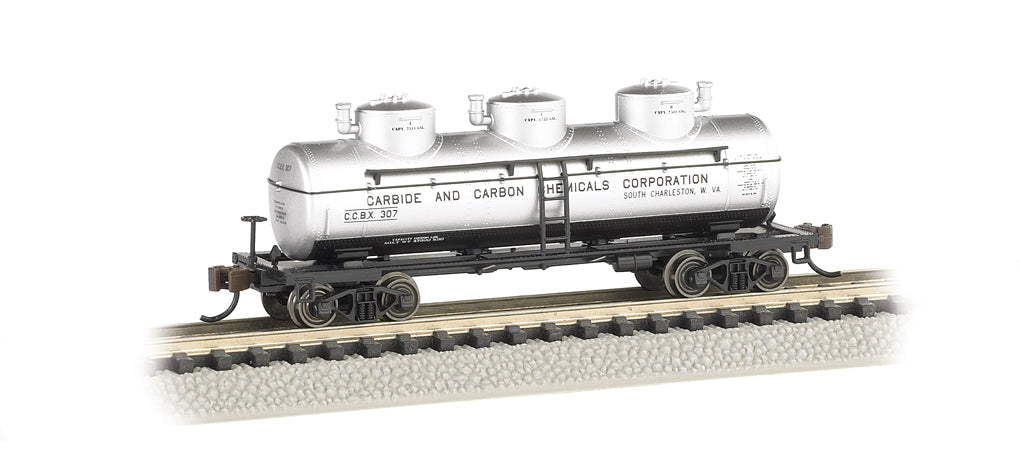 Bachmann 17155 N Carbide & Carbon Chemicals Corp. 3-Dome Tank Car
