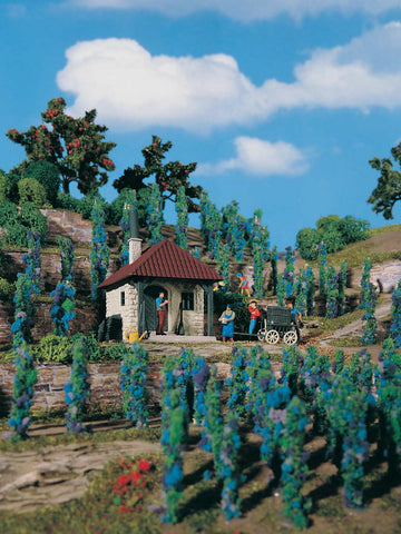 Vollmer 5129 House with Vineyard Building Kit