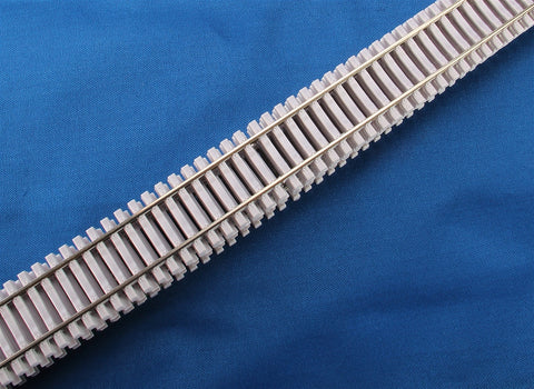 "Micro Engineering 10-105 HO Code 83 36"" Concrete Ties Non-Weathered Flex-Track"
